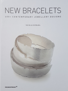 New-Braceletes-Book_Estrada