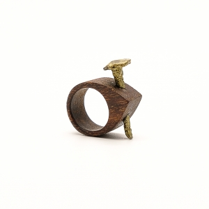 Nail-wood-ring_simone-frabboni-1