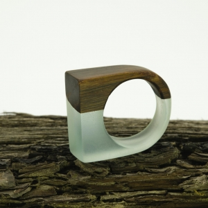 bog-oak-ring-simone-frabboni