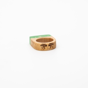 wooden-resin-ring