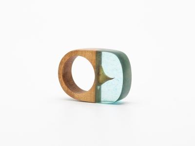 resin-wood-ring-Simone-Frabboni