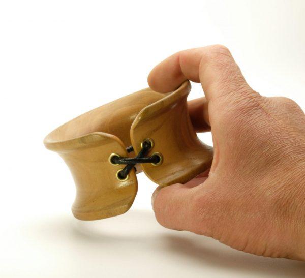 Handmade wooden bangle_5