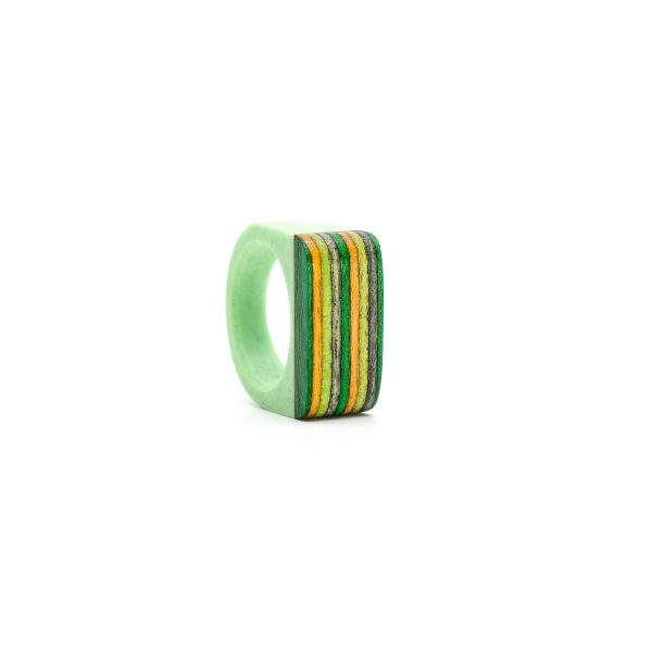 Light green resin and wood ring_1