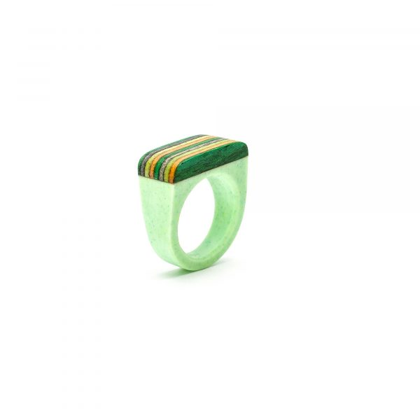 Light green resin and wood ring_2