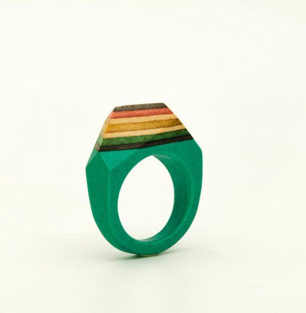 Green resin and Skateboard Ring
