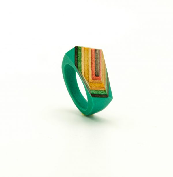Green resin and Skateboard Ring