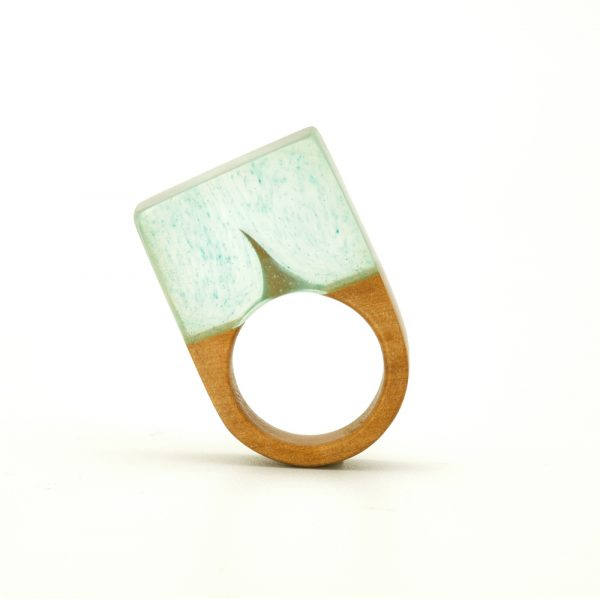 Thorn resin wood ring2.resized