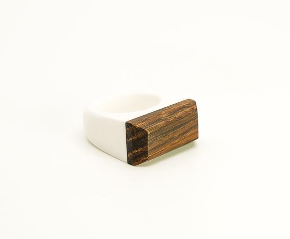 Ancient black wood and white acrylic resin Ring