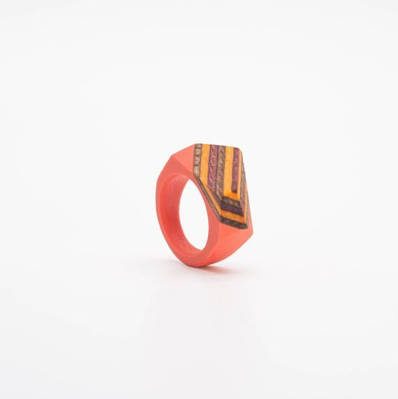 Resin and wood Ring  SIZE 5 1/2 US