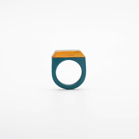 Resin and wood Ring  SIZE 7 US