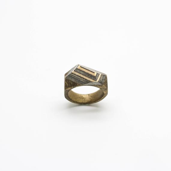 Resin and wood Ring – SIZE 8 1/2 US