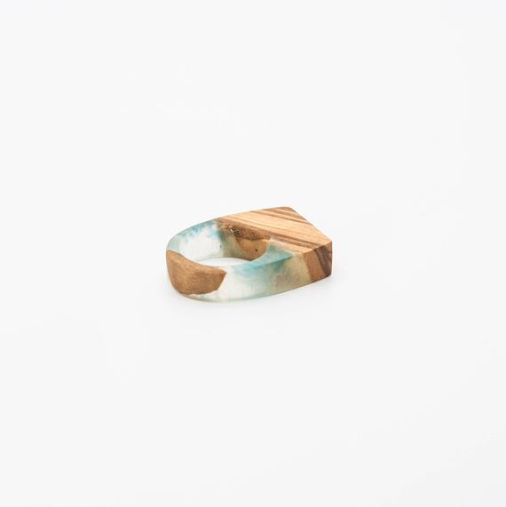 Resin and wood Ring – SIZE 8 US