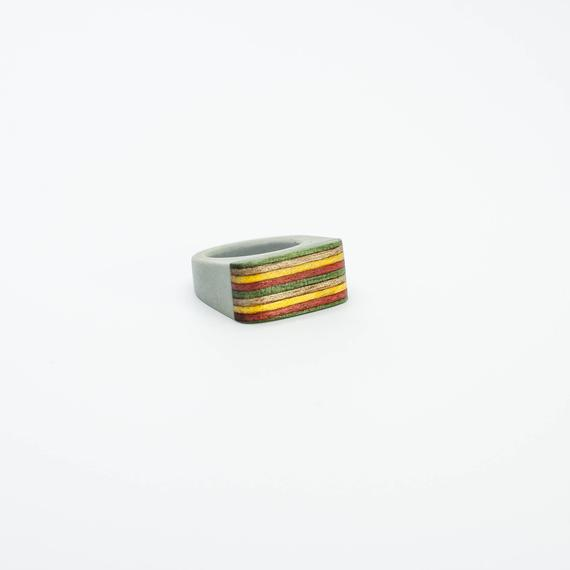 Resin and wood Ring  SIZE 8 US