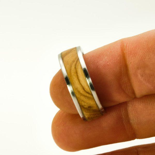 Olive wood wedding rings_5