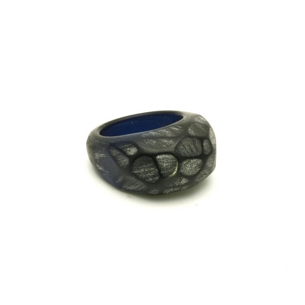 Black acrylic resin ring5