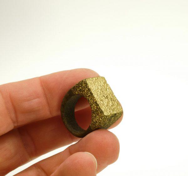 Golden powder resin ring
